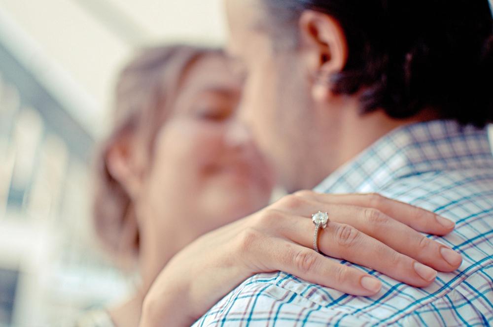 5 éléments importants à vérifier avant d'acheter sa bague de fiançailles
